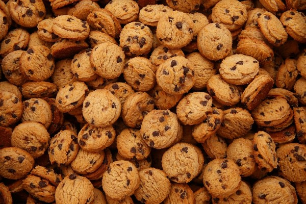 """Cookies """"With chocolate flavored chips"""""""