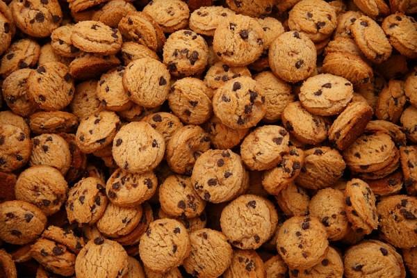 """Sausainiai """"Su šokolado skonio gabaliukais"""